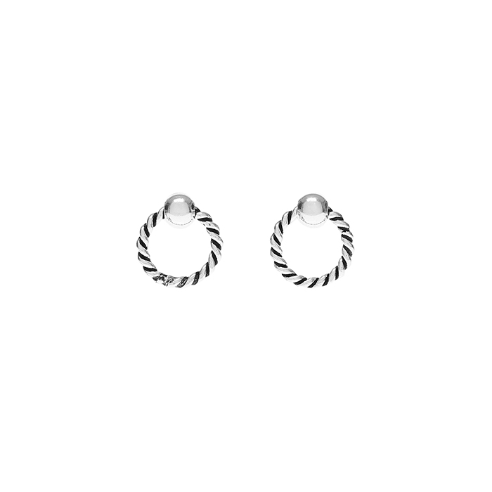 Silver Twist Hoop Earrings<br><b>'조작' 전혜빈 귀걸이</b>