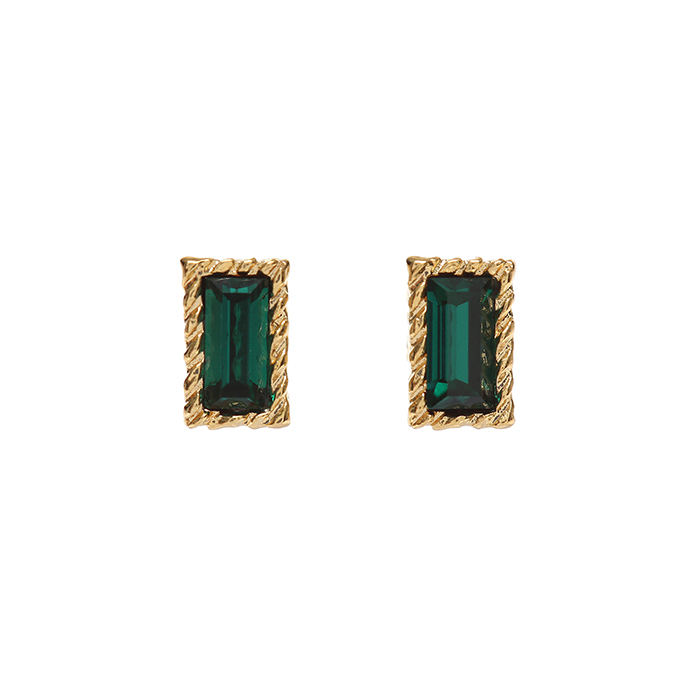 <b>서현진, 이홍기 착용</b><br>Lover Square Crystal Earrings